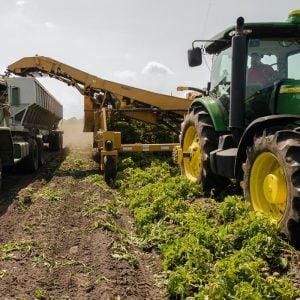 Selección de los equipos de preparación del suelo en agricultura